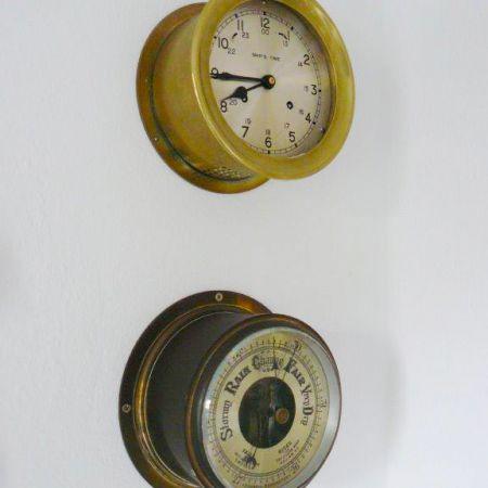 schiffs-uhr-und-barometer